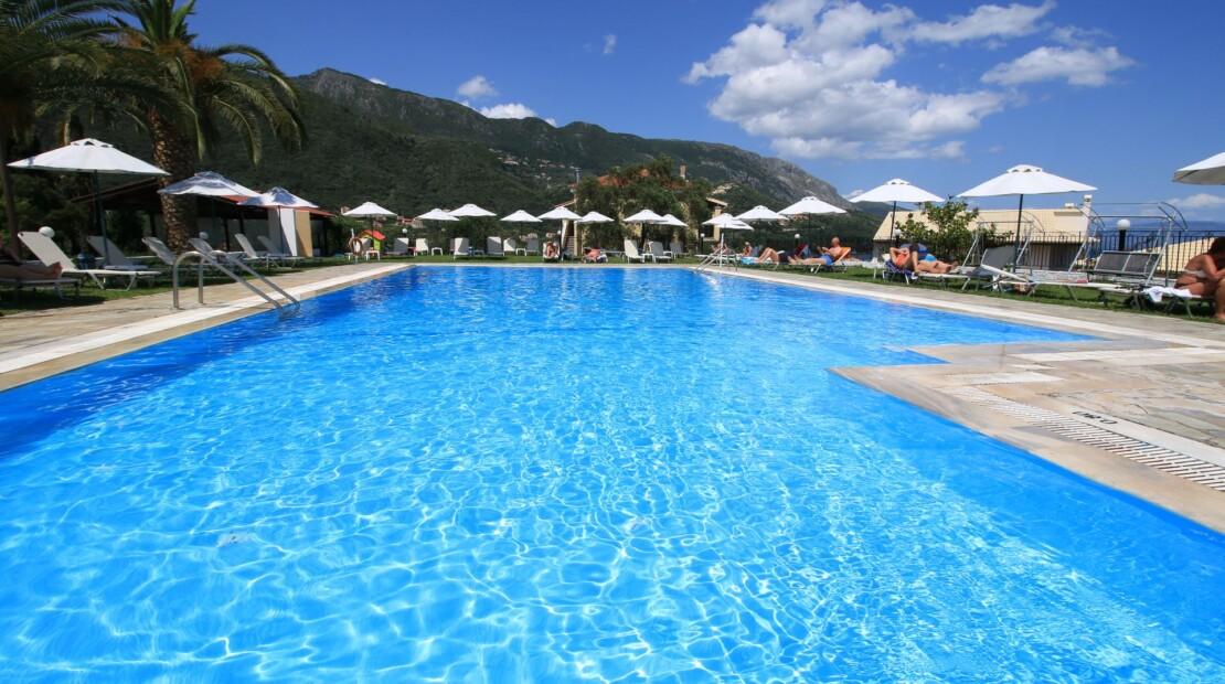 _swimming pool (1)_resized